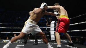 Tony Yoka gagne son premier combat de l'année